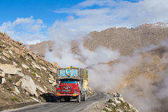 Truck on the high altitude Manali - Leh road , India Royalty Free Stock Photos