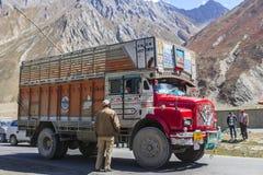 Truck on the high altitude Srinaga-Leh road in Ladakh province Stock Photos