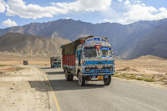 Truck on the high altitude Srinaga-Leh road in Ladakh province Royalty Free Stock Photos