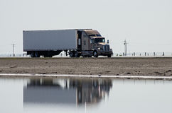 Free Truck On Highway Royalty Free Stock Images - 44129329