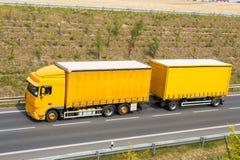 truck yellow Royaltyfri Foto