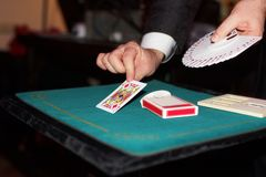 Truco de cartas y magia Foto de archivo libre de regalías