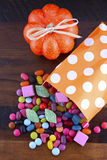 Truco del partido de Halloween del caramelo de la invitación Imagen de archivo libre de regalías