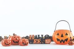 truco o invitación de las decoraciones del partido de Halloween imagen de archivo
