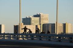 Truco peligroso en Fort Lauderdale hermoso, la Florida de la motocicleta imagen de archivo