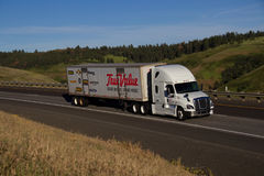TrueValue Semi-Truck / White Freightliner Royalty Free Stock Photography