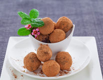 Trufas cruas do vegetariano Imagem de Stock Royalty Free