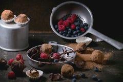 Trufas de chocolate Fotos de archivo