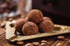 Trufas de chocolate hechas en casa Imágenes de archivo libres de regalías