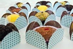 Truffe de chocolat quelques saveurs photo libre de droits