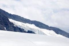 Trugberg-Gebirgsrücken in Jungfrau-Region Stockbild