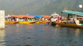 Truisme de bateau en Kashmir photo stock