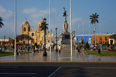 Trujillo Plaza de Armas Images stock