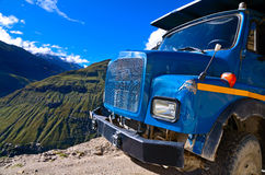 Truk on the mountain road Royalty Free Stock Photo