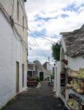 trulli在阿尔贝罗贝洛,意大利 库存图片