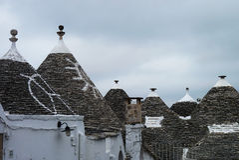 Trulli屋顶在阿尔贝罗贝洛 库存图片