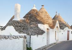 Trulli, die typischen alten Häuser in Alberobello Stockfotos