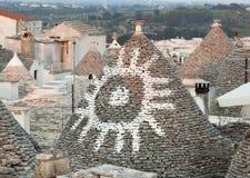 Trulli, die typischen alten Häuser in Alberobello Lizenzfreies Stockbild