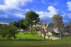 Trullo in platteland Apulia Stock Foto