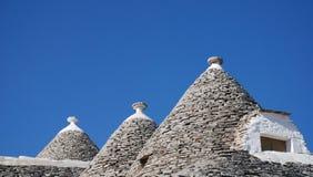 Trullo tak med fönstret, Alberobello Royaltyfria Bilder