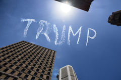 Trump в небе над Сиднеем - Австралией Стоковая Фотография