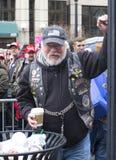 Trump les défenseurs en dehors de l'inauguration 2017 du ` s de Donald Trump image stock
