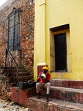 TRUMPETER IN A STREET OF TRINIDAD, CUBA Royalty Free Stock Photos