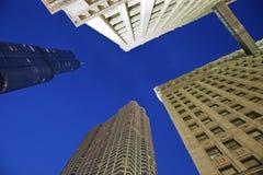Trumpf-Kontrollturm und Wrigley-Gebäude Lizenzfreies Stockfoto