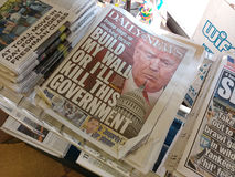 Trumpf-tägliche Nachrichten-Schlagzeile Stockbilder