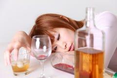 Trunkenheits-Frau Lizenzfreies Stockfoto