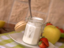 truskawka jogurt Obrazy Royalty Free