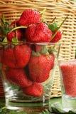 Truskawkowe owocowe jagody i śliwkowy kumberland - Solankowe Obraz Royalty Free