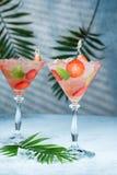 Truskawkowy lemoniady, alkoholiczki koktajl z lub obraz royalty free