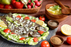 Truta Roasted com vegetal Imagens de Stock Royalty Free
