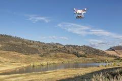 Trutnia latanie z kamerą Zdjęcie Stock