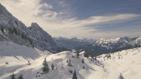 Trutnia lot nad Śnieżne góry zdjęcie wideo