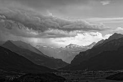 Trwająca burza nad Walensee jeziorem, Apenzell Alps, szwajcar zdjęcie stock