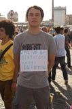 Trwanie mężczyzna protest w Istanbuł Zdjęcia Stock