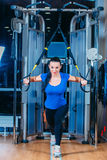 TRX kondition sportar, övning, teknologi och Arkivbilder