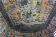 Trybsz, POLÔNIA - 11 de agosto de 2016; Interior da igreja de madeira gótico velha do St Elizabeth's em Trybsz Imagens de Stock Royalty Free