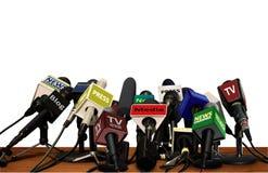 Tryck på massmediakonferensmikrofoner Fotografering för Bildbyråer