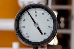 Tryckmätare för att mäta tryck i systemet, fossila bränslen Arkivbilder
