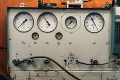 Tryckmeter för tappning USSR royaltyfria foton