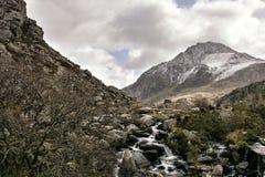 Tryfan Ogwen谷斯诺多尼亚北部威尔士 免版税库存照片