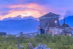Trzęsienia ziemi i stopienia katastrofy naturalne zdjęcie stock