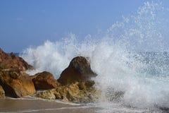 trzasków ciężkiego morza fala Zdjęcie Stock
