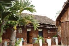 Trzcinowy bungalow dla turystów w Wietnam Obrazy Stock