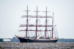 Trzebiez,波兰- 2017年8月08日-帆船谢多夫航行到充分的海在高船种族以后决赛2017年在0的Stettin 免版税库存图片