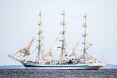 Trzebiez,波兰- 2017年8月08日-帆船Mir航行到充分的海在高船种族以后决赛2017年在05-的Stettin 库存照片