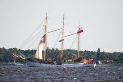 Trzebiez,波兰- 2017年8月08日-帆船Zawisza Czarny航行到充分的海在高船种族以后决赛在Ste的2017年 免版税图库摄影